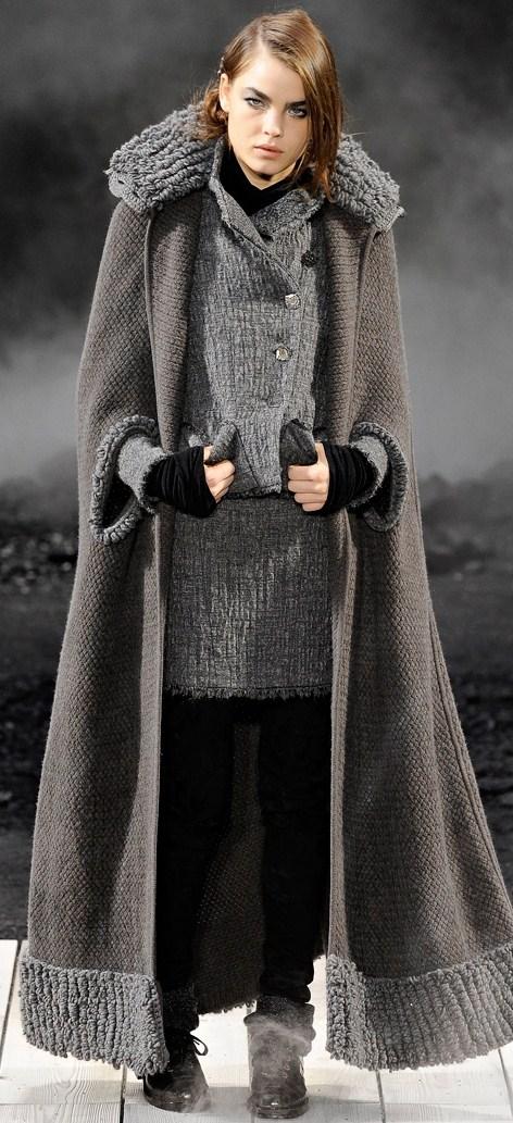 Abrigos muy largos mujer